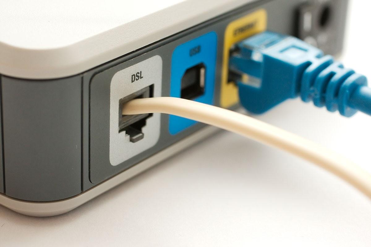 Internet DSL Modem.jpg